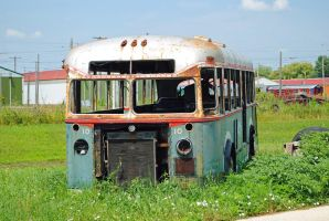 Vintage Bus IRM 0102 7-21-13 by eyepilot13