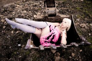 digging a grave by Lady-Twiglet