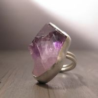 Purple arrow ring by Jealousydesign