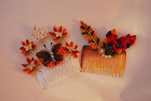 Changing Leaves Moon Kanzashi by myloko