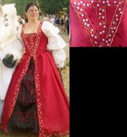 1500's gown by Glori305