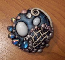 Day at the Beach Brooch by MandarinMoon