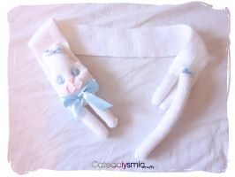 White Kitty Scarf with Blue Bow by Cateaclysmic