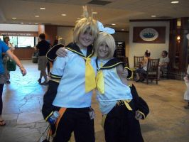 NDK2012 - Lin and Rin by TaintedTamer