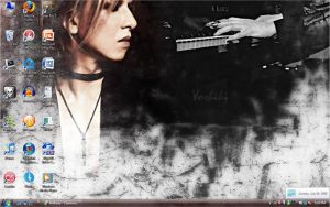 Yoshiki Desktop by Wickedmistress777