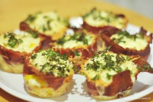 bacon egg cupcakes 2 by himynameisbianca