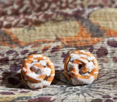 Super Cinnamon Roll Stud Earrings by SweetSugaRush