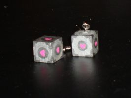 Companion Cube by Menouthys