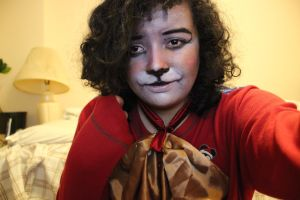Facepaint and a bowtie by LeoPacus