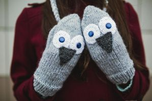Gray Owl Mittens by NatalieKnit
