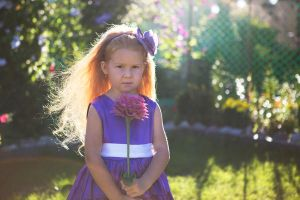 Girl with flower by olgaFI