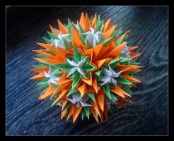 Kusudama 15 by lonely--soldier