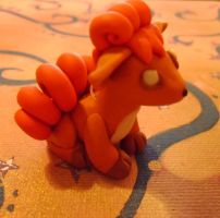 Vulpix by delicioustrifle