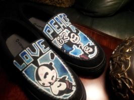 Oswald Shoes by peacemaker13