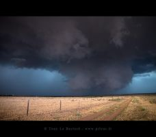Wall cloud by TonyLeBastard