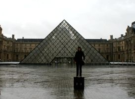 Come to the Louvre - Heidi by spyed