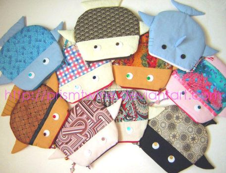 Bunch of fish pouches by prismtwine