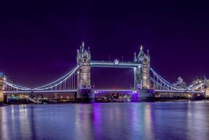 Tower Bridge by crazycrash