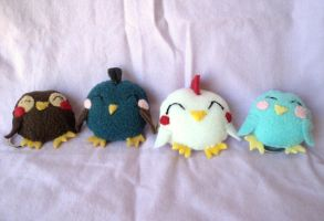 Chicklets: mini birds plush keychains by XOFifi