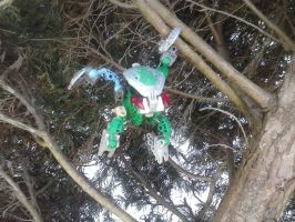 Bionicle-Green Bohrok In a Tree by creeperaptor40