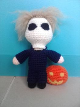 Michael Myers|Halloween Movie ~ (Amigurumi) by OnlyIfItsFluffy
