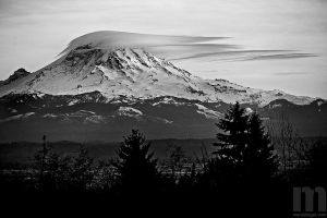 blanket over rainier by stranj