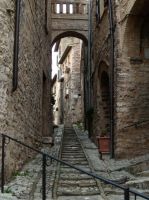 Spello, Looking Up by Gianni36