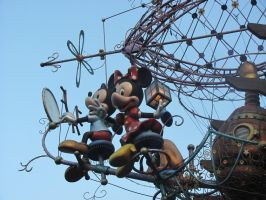 Mickey and Minnie's Flying Machine by HyperSpaceOddity