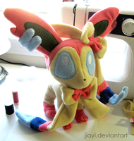 Sylveon Plushie by Jiayi