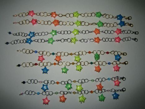 Friendship Bracelets Origami by Crysantha