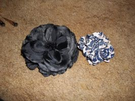 Black and Blue flower clips by Ceraine