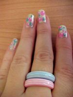 Bubble nails by Strawdebby