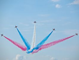 Red Arrows Sywell by davepphotographer
