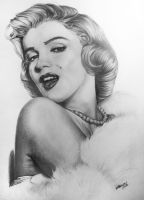 Marilyn Monroe by EdilsonR74