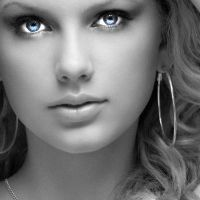 11. Taylor Swift by Hibbyta