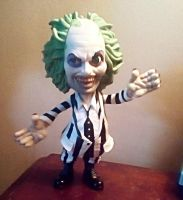 Beetle-Juice Vinyl Figure. by SquirrelCat1998V2