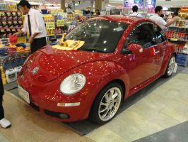 Red New Beetle by gupa507