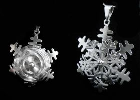 Spinning Snowflake Necklace by camias
