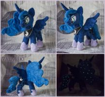 Plushie Princess Luna 11 inches by Valmiiki