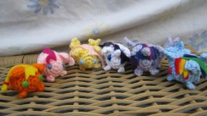 Little Crochet Blob Ponies by CrochetHyperbole