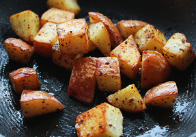 DIY homefries by ScarletWarmth