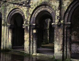 Arches of Canterbury by Livanya