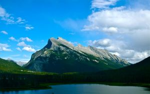 Mount Rundle by gee231205