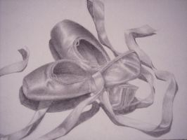 Ballet Pointe Shoes by Lomelindi88