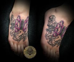 chicano lettering knuckle tat by 2Face-Tattoo