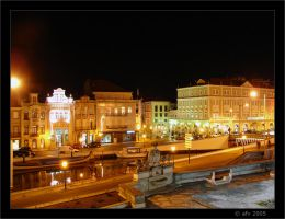 Aveiro at night II by afv