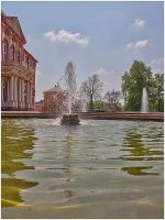 Fountain in front of the castle by bibamus-pd