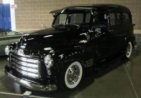 52 GMC Suburban by zypherion