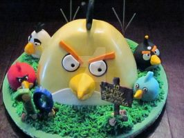 'Angry Birds' Cake by CAGnj