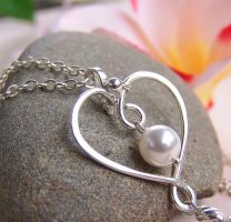 JAdore bridal heart necklace by CreativityJewellery